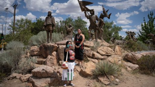 Statues Of Conquistador Juan De Oñate Come Down As New Mexico Wrestles With History