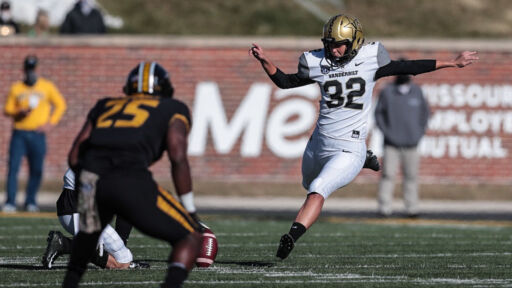 Sarah Fuller Makes History As 1st Woman To Play In A Power 5 Football Game