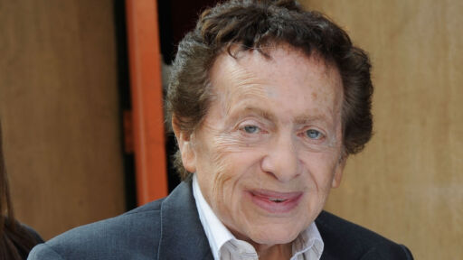 Jackie Mason, Who Went From Rabbi To Stand-up Comedy Star, Dies At 93