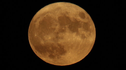 Celebrate The End Of Summer With Monday's Harvest Moon