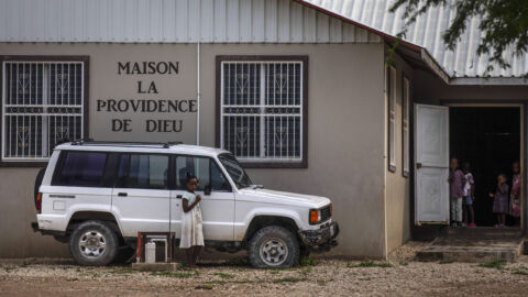 U.S. and Haiti are seeking the release of 17 missionaries snatched by a gang
