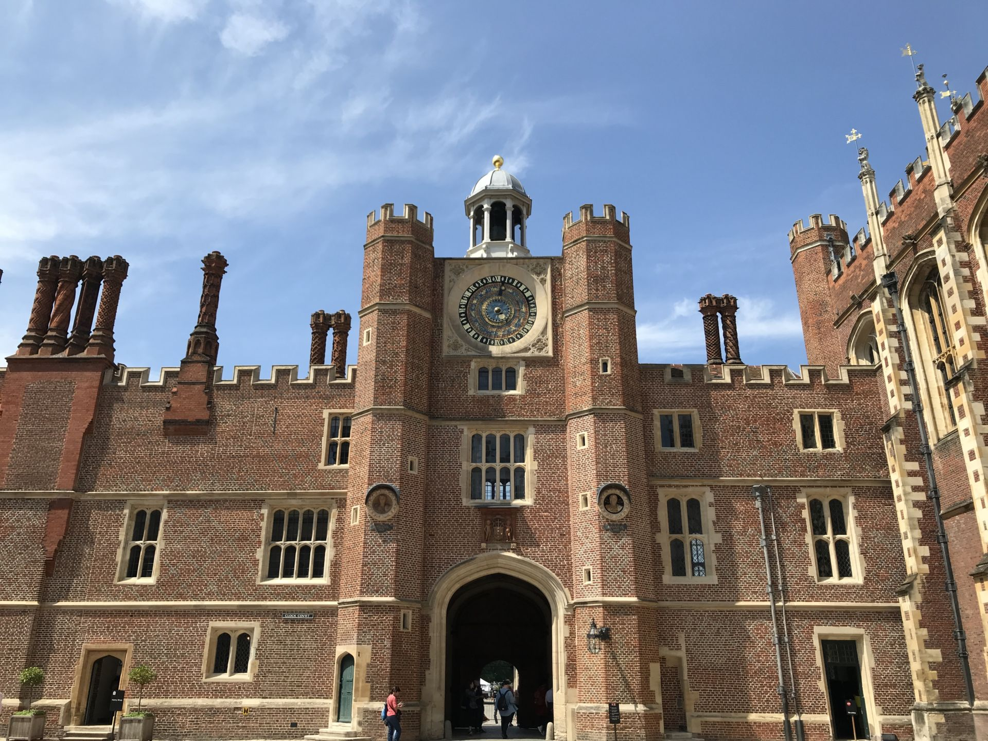Photo Gallery: Hampton Court Palace and Covent Garden - WLIW21